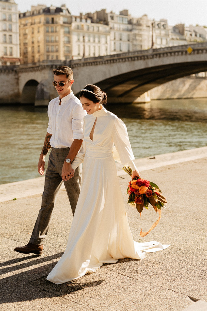 Real bride wearing the Lilith gown by Zoe Rowyn Bridal