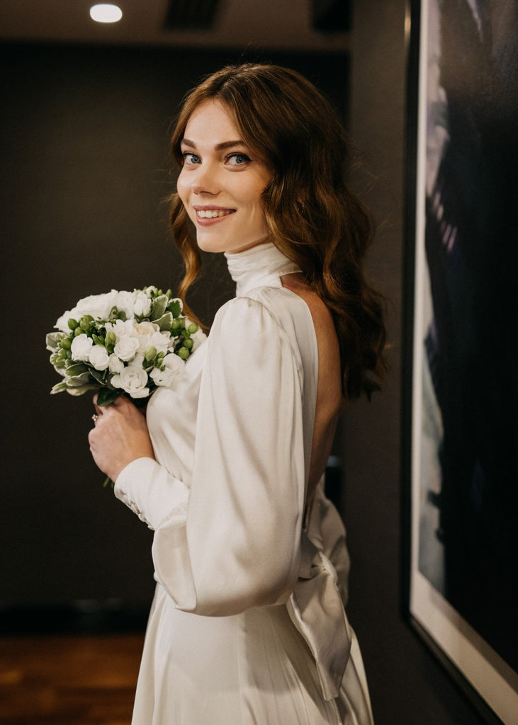 Zoe Rowyn bride wearing the Lilith gown