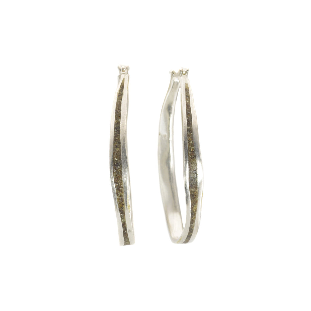 NEW! Medium Sterling Silver Oval Hoop in Pepper by David Urso