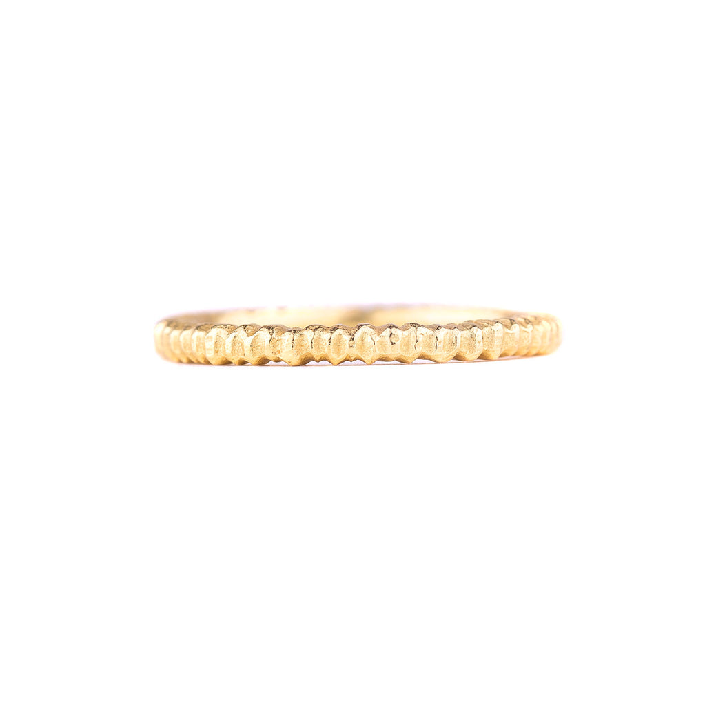 NEW! 18k Yellow Gold Vertical Dig Band by Dahlia Kanner