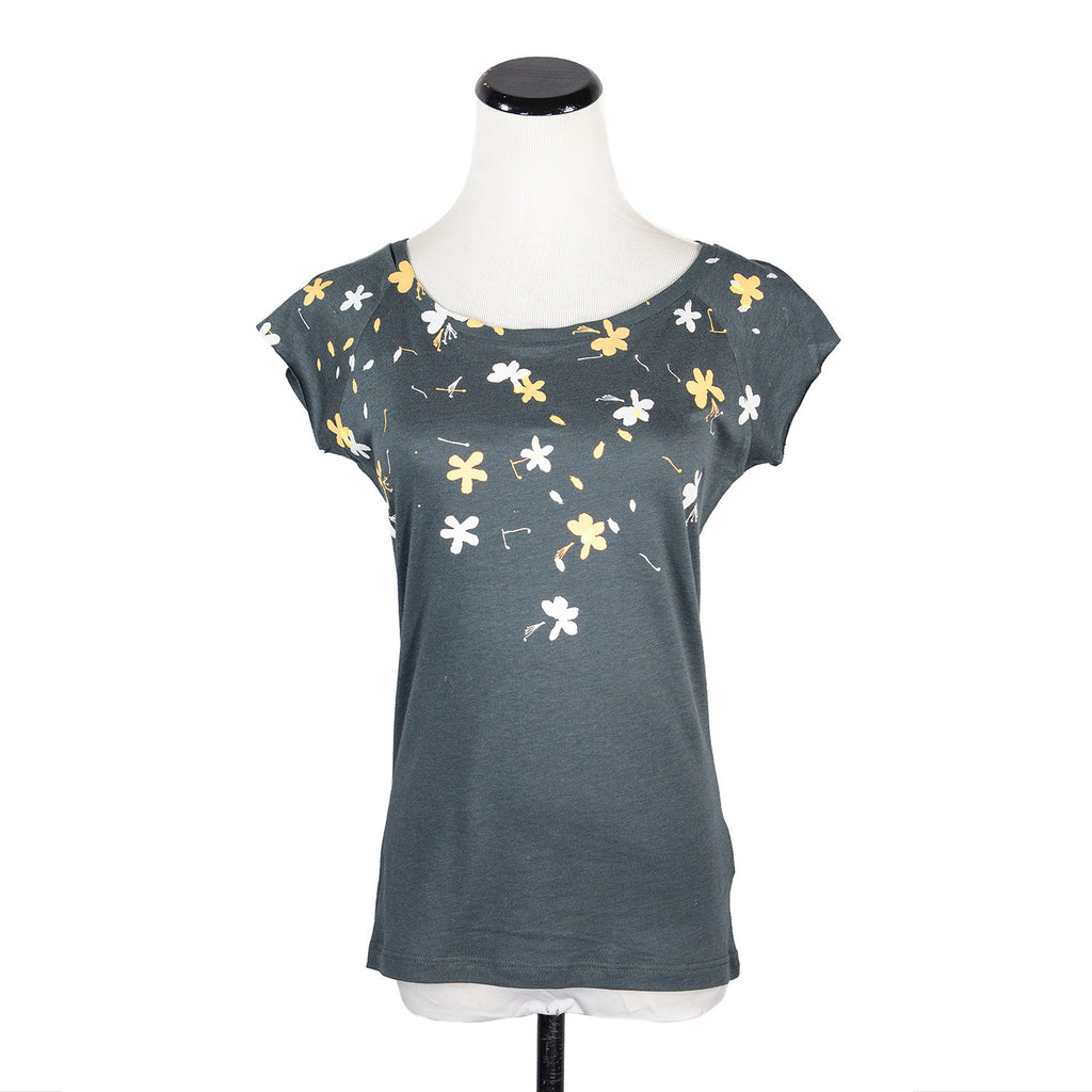 Grey Flowers T-Shirt by Umsteigen