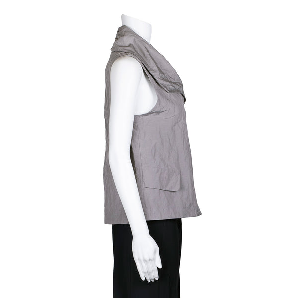 NEW! Arezzo Vest in Yarrow by Porto