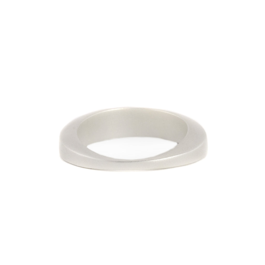 Medium Torque Stacking Ring by Marion Cage