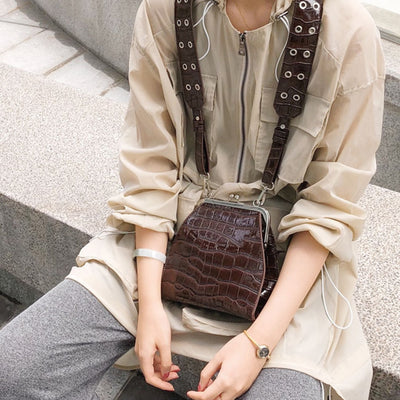 Vintage Crocodile Pattern Messenger Women Luxury Alligator Shoulder Crossbody Bags Designer Croc Pu Leather Women Flap Bags Chic - Divn$ProV