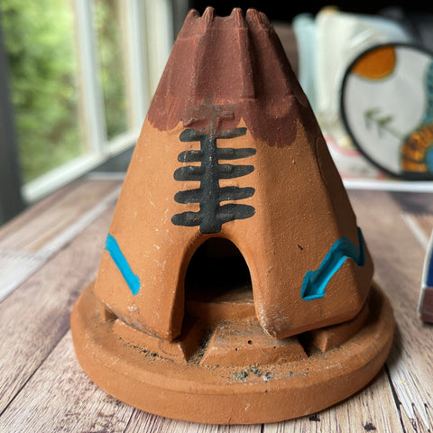 Teepee with 20 ct. Pinon cone natural wood incense