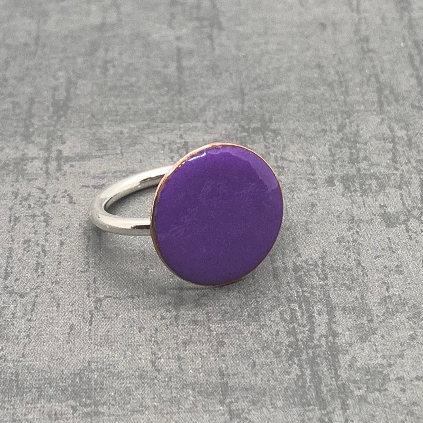 Round Enameled Ring