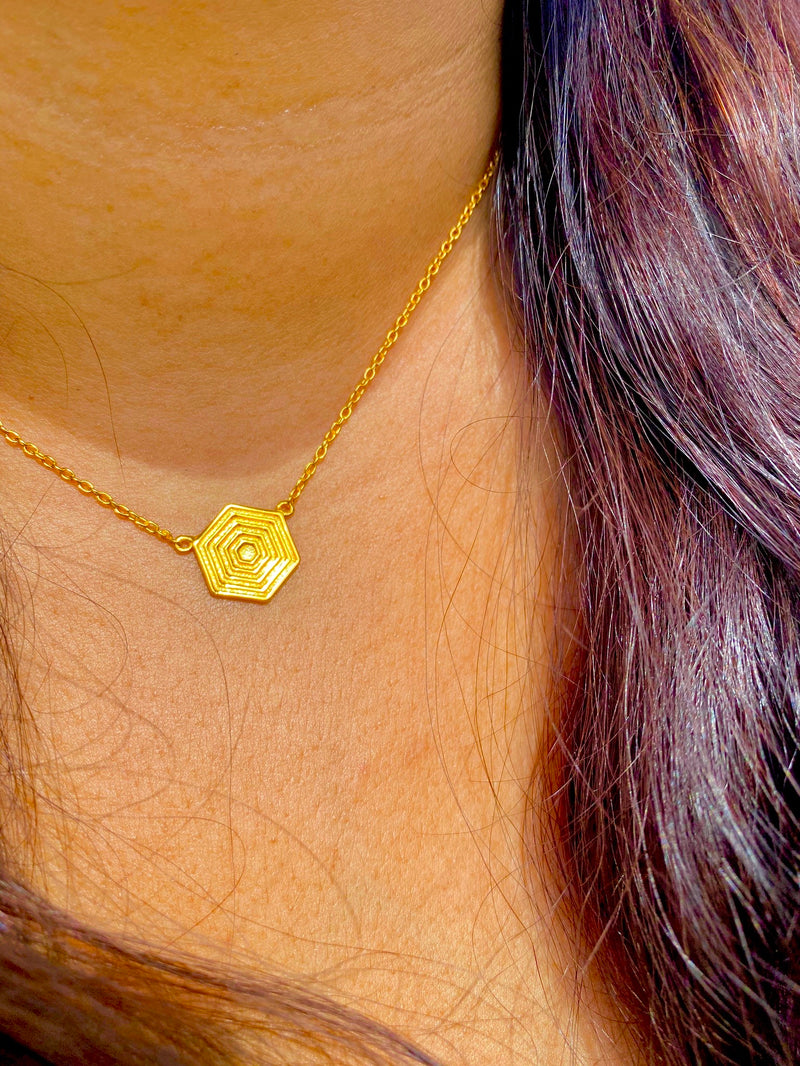 AZTEC NECKLACE - 18 KARAT GOLD VERMEIL
