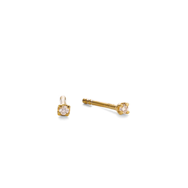 NEW PRECIOUS DIAMOND STUDS - 18 KARAT GOLD VERMEIL