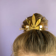 Load image into Gallery viewer, Weed Queen Crown