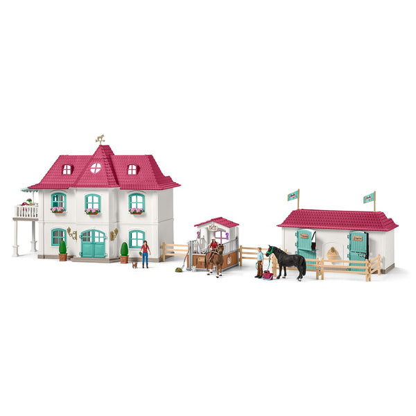 Large Horse Stable with House and Stable