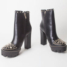 Load image into Gallery viewer, Alissa Black Stud Platform Ankle Boots