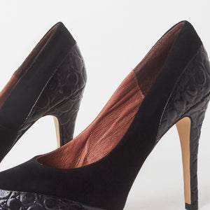 Eva Black Snake Court Heels