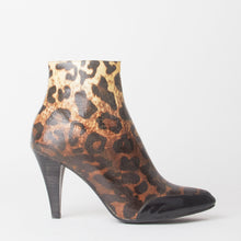 Load image into Gallery viewer, Felicity Leopard Print Heeled Ankle Boots