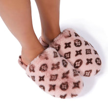 Load image into Gallery viewer, Fluffy Printed Detail Flat Slipper In Pink Faux Fur