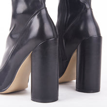 Load image into Gallery viewer, Willow Black PU Round Heel Ankle Boots
