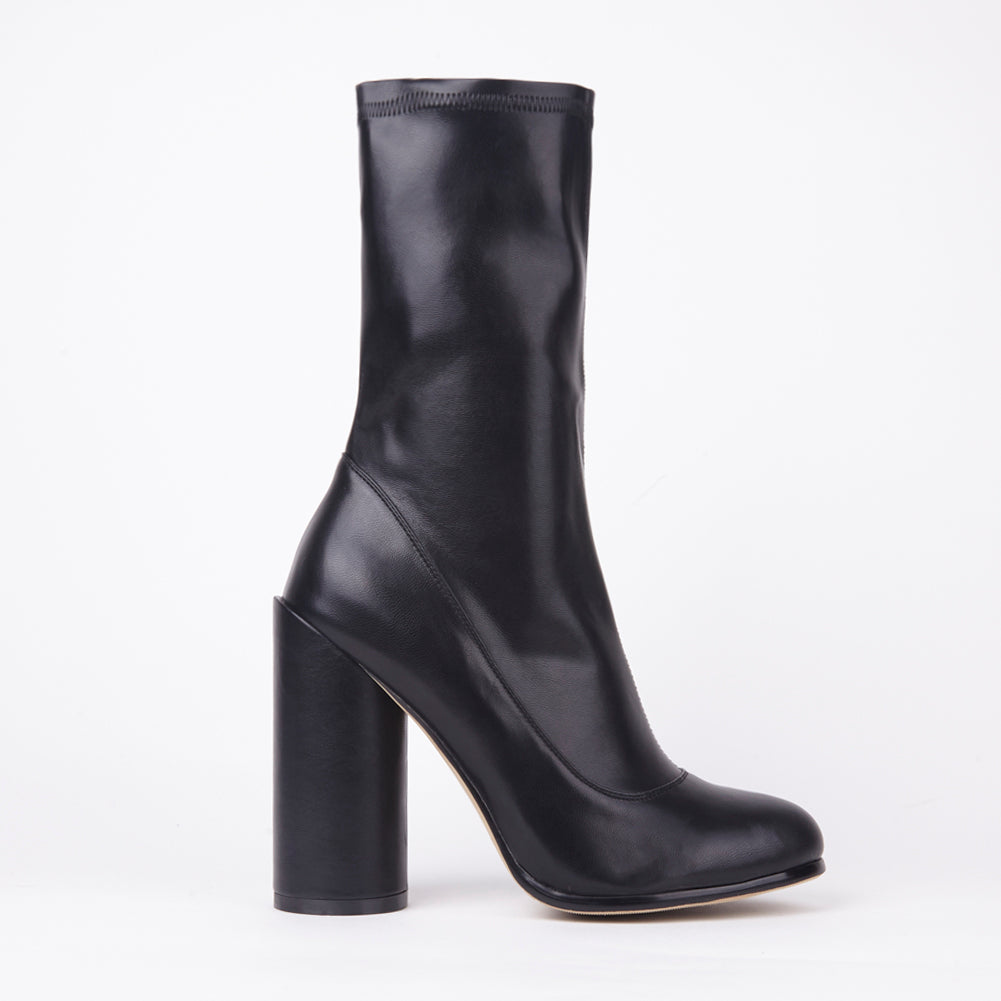 Willow Black PU Round Heel Ankle Boots