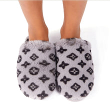 Load image into Gallery viewer, Fluffy Printed Detail Flat Slipper In Grey Faux Fur