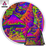 Trippy Art By Ismot Esha Round Towel