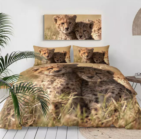 Cheetahs Watching Bedding Set