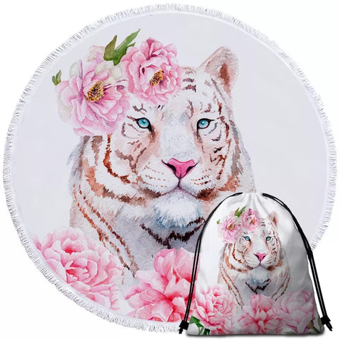 Tiger Face With Pink Flowers Round Towel