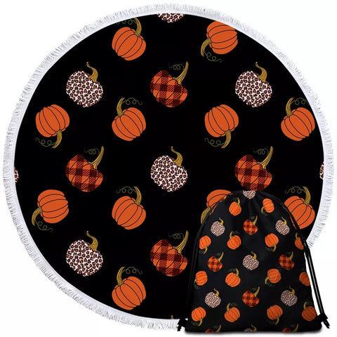 Mini Patterned Pumpkins Round Towel