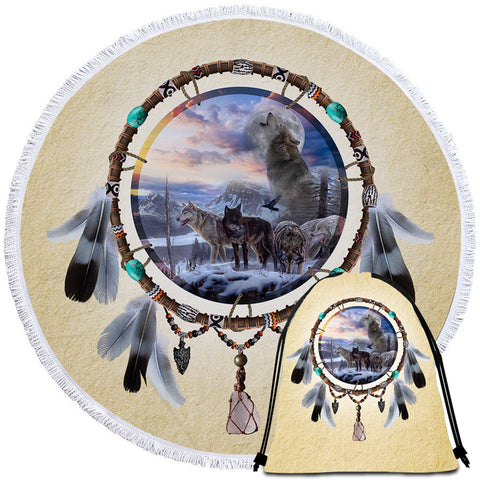 Picture Of Wolves In The Dreamcatcher Round Towel