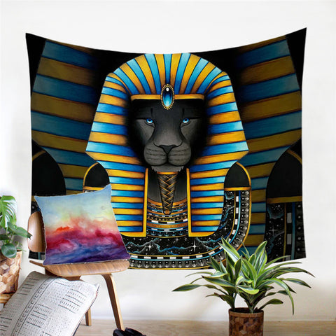 King By Brizbazaar Wall Tapestry