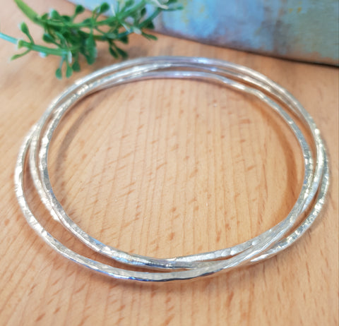 Set of three interlocking bangles
