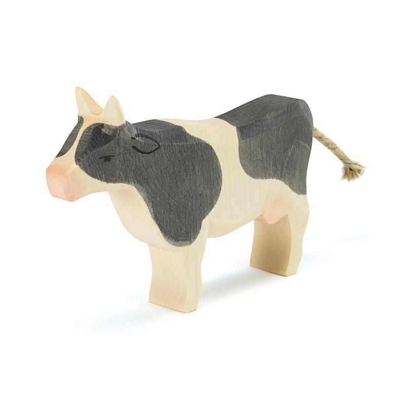 OSTHEIMER - COW BLACK & WHITE, STANDING