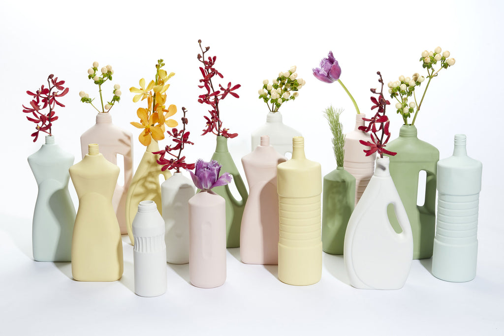 FOEKJE FLEUR X MK CERAMICS CURVY BOTTLE - DUSTY PINL