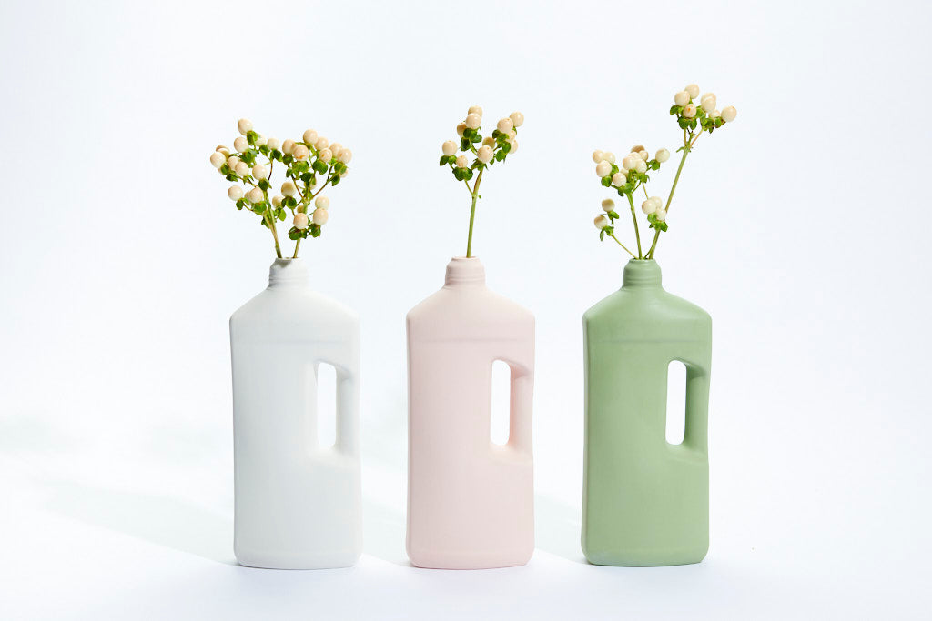 FOEKJE FLEUR X MK CERAMICS MOTOR OIL BOTTLE - DUSTY PINK
