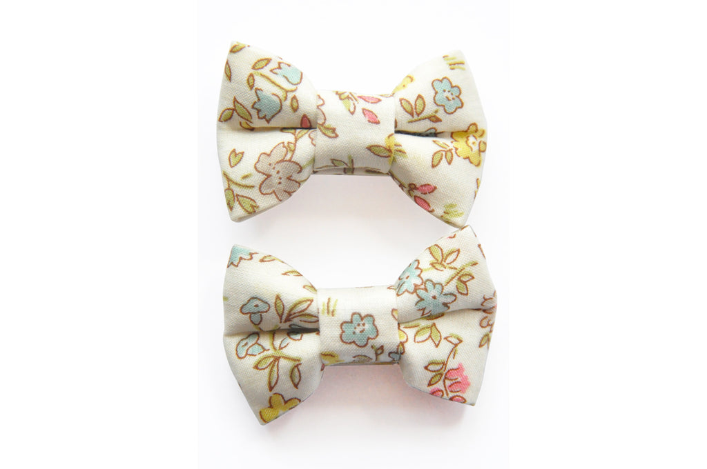 PRETTY WILD - KATIE TWIN BOW SNAPS LIBERTY - DANISH FLORAL