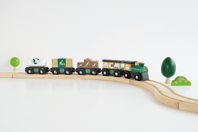 GREAT GREEN COMMERCIAL TRAIN