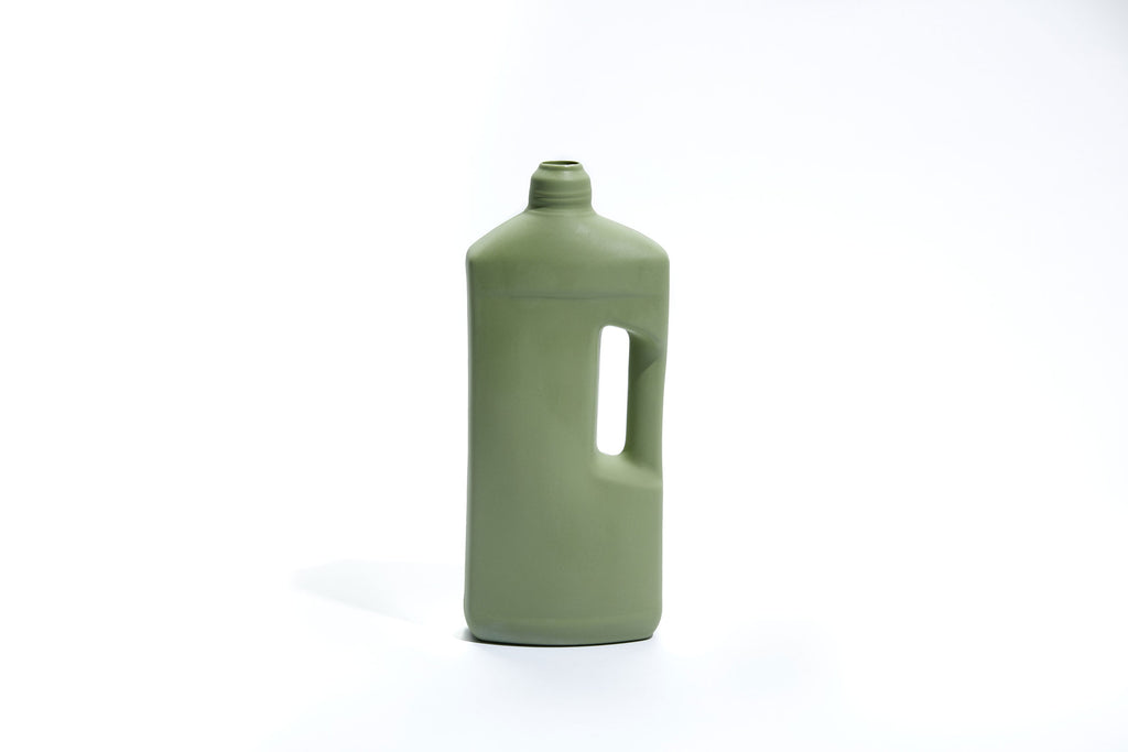 FOEKJE FLEUR X MK CERAMICS MOTOR OIL BOTTLE - SAGE