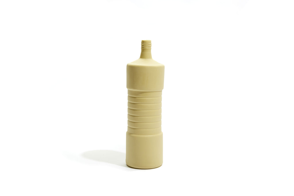 FOEKJE FLEUR X MK CERAMICS RIBBED BOTTLE - LEMON