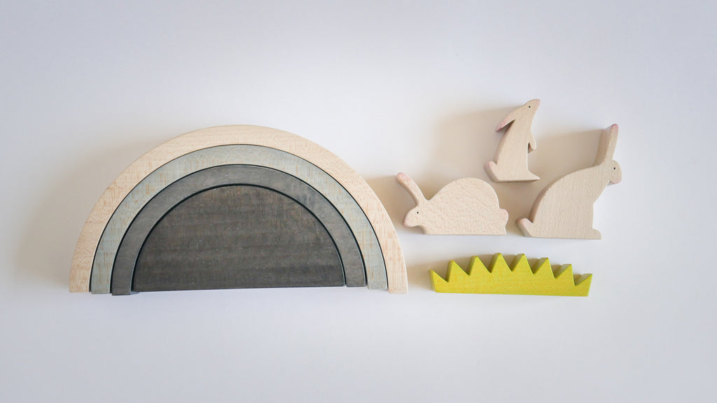 WOODEN ANIMAL SET - RABBIT