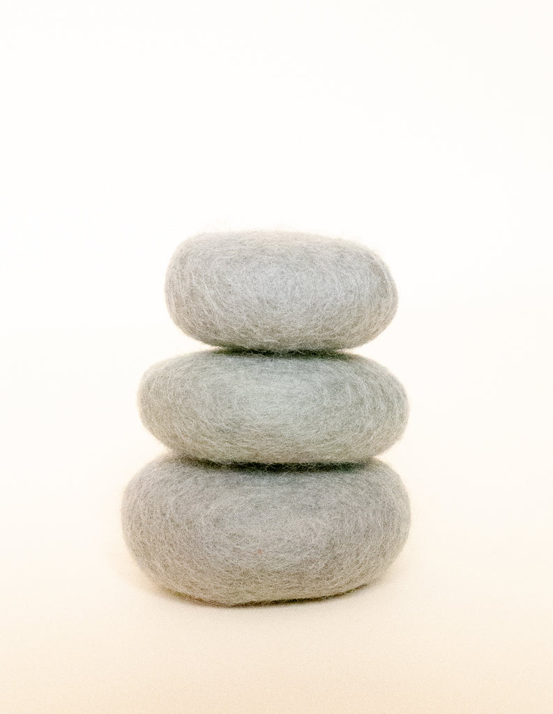 PAPOOSE - FELT EARTH STACKING PEBBLES 3PC - STONE