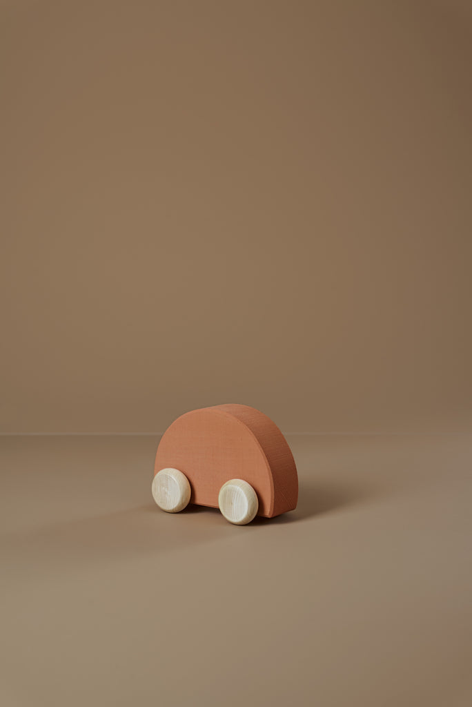 RADUGA GREZ WOODEN CAR CLAY
