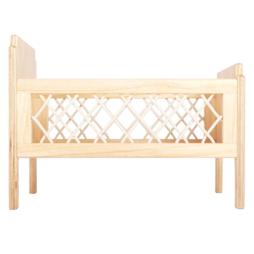 THE FLORENCE DOLLS COT