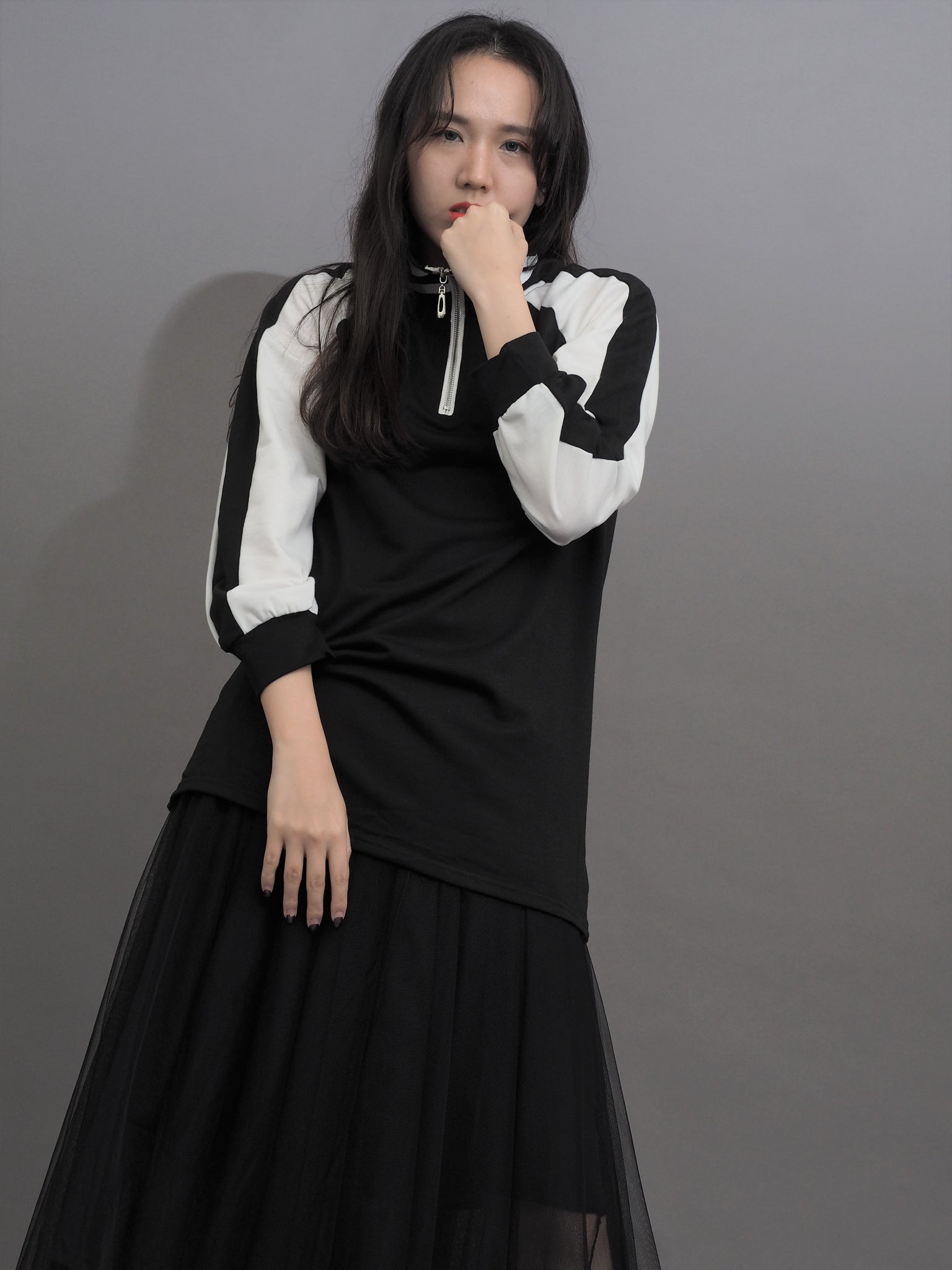 Semi Neckline Skirt Long Sleeve