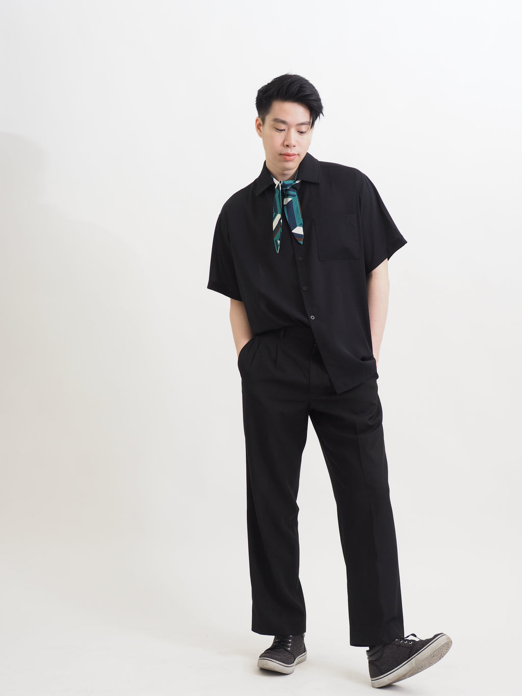 Statement Black - Casual Short Sleeve Shirt
