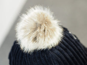 Signature Hats - Furry Broad Thread Cap