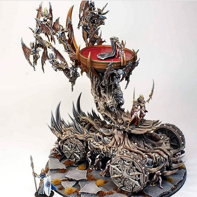 🦇 Dark Elf War Machine: The Altar Of The Succubi painted! 🦇