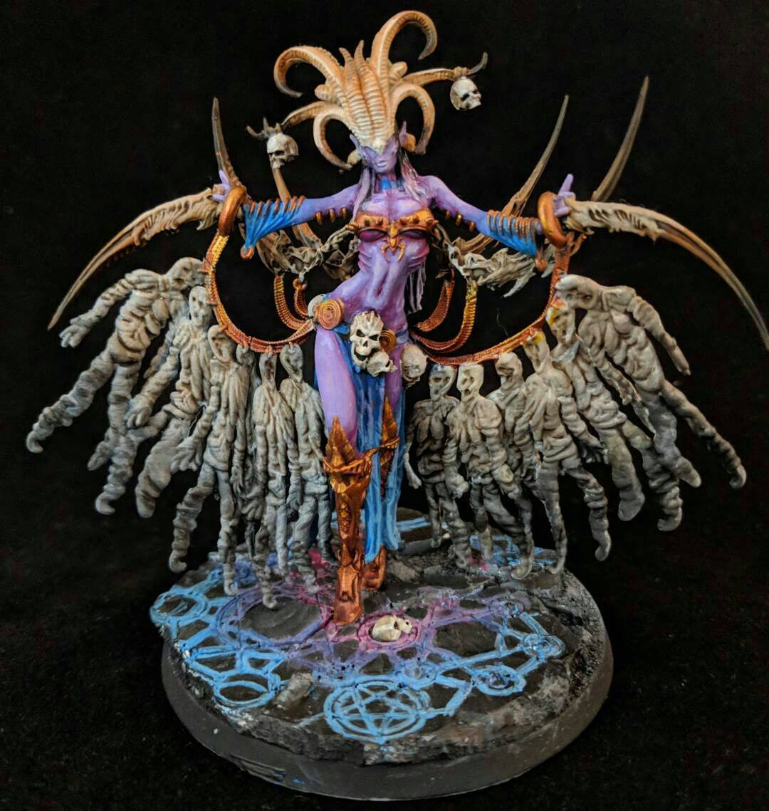Mahleezariah painted 💀 Photos of the Lust Elves Matriarch