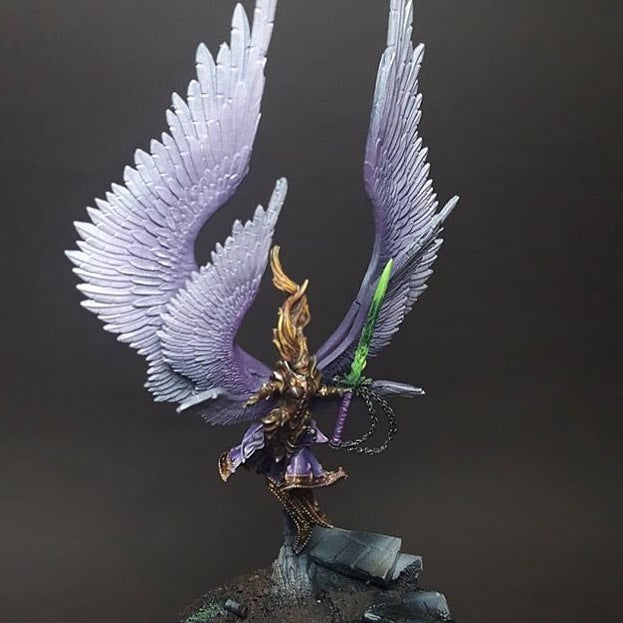 Painting miniatures: Erzebel, Ascended Sister, Great Seraphim
