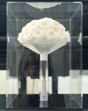 Load image into Gallery viewer, Boite de Luxe Bridal Bouquet