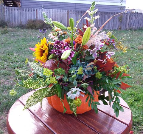 Fall Decorations From Your Garden!