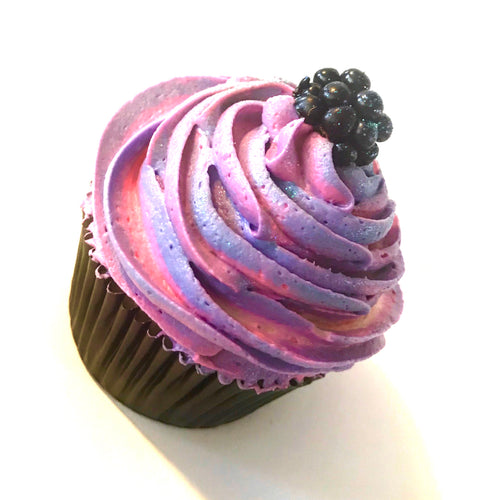 BERRY BEAUTIFUL CUPCAKES
