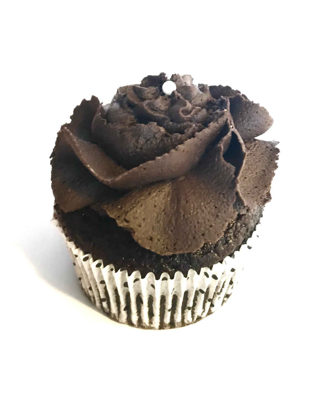 TRIPLE CHOCOLATE BLACKOUT CUPCAKES