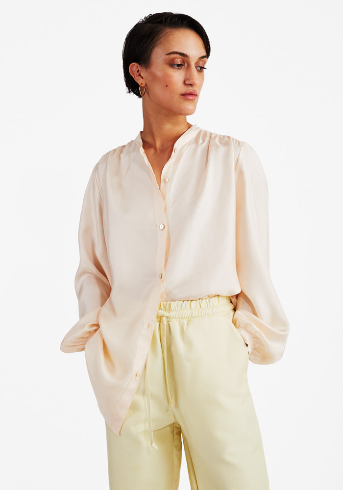 Silk Puff Blouse in Peach
